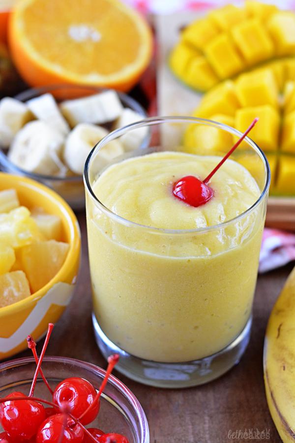 Tropical Sunshine Smoothies! bethcakes.com