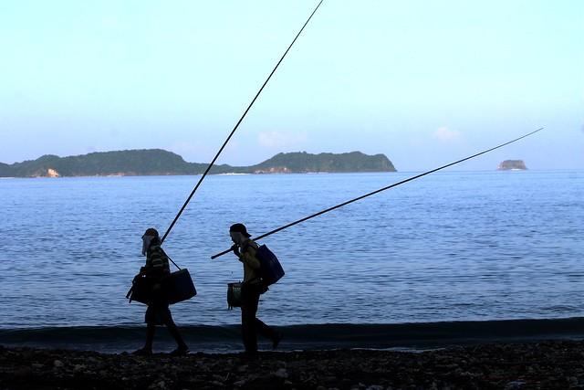 Fishermen at Anilao