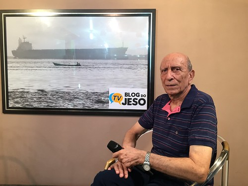 Francês que mora há quase 50 anos em Óbidos no TV Blog do Jeso
