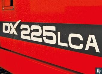 бортовая надпись Doosan DX225