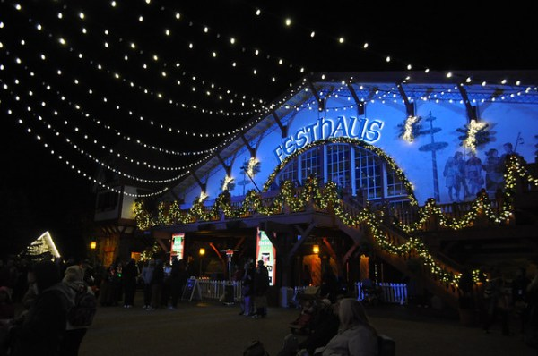 Christmas Town 2014 Carries On Tradition With Small Changes At Busch Gardens Williamsburg