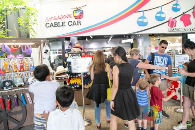 Singapore Cable Car Sentosa -1.jpg