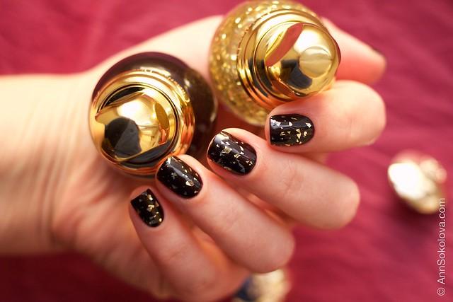 05 Dior Diorific Vernis #001 Golden Shock over #990 Smoky swatches
