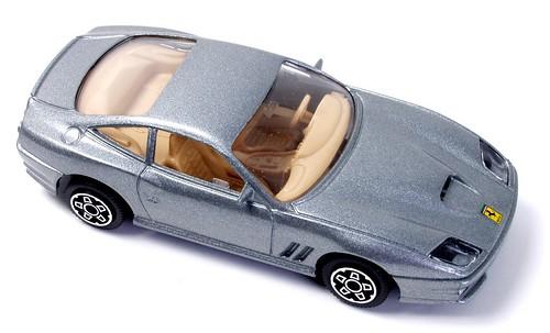 Burago Ferrari 550 Maranello (3)