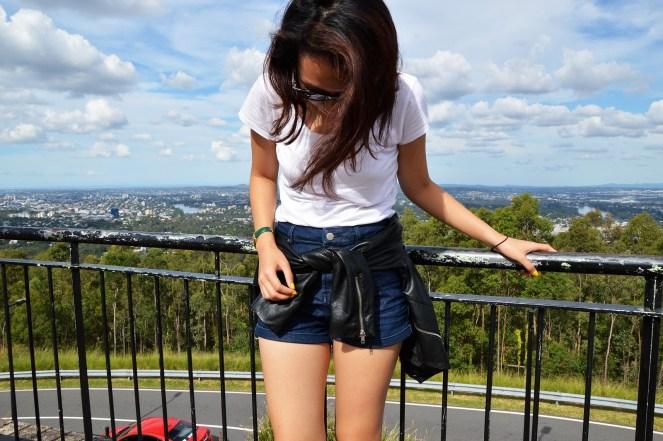 Mount Coot-tha, Brisbane, Australia, summer, basic, travel, outfit, high waist denim shorts, leather jacket, yellow nail polish