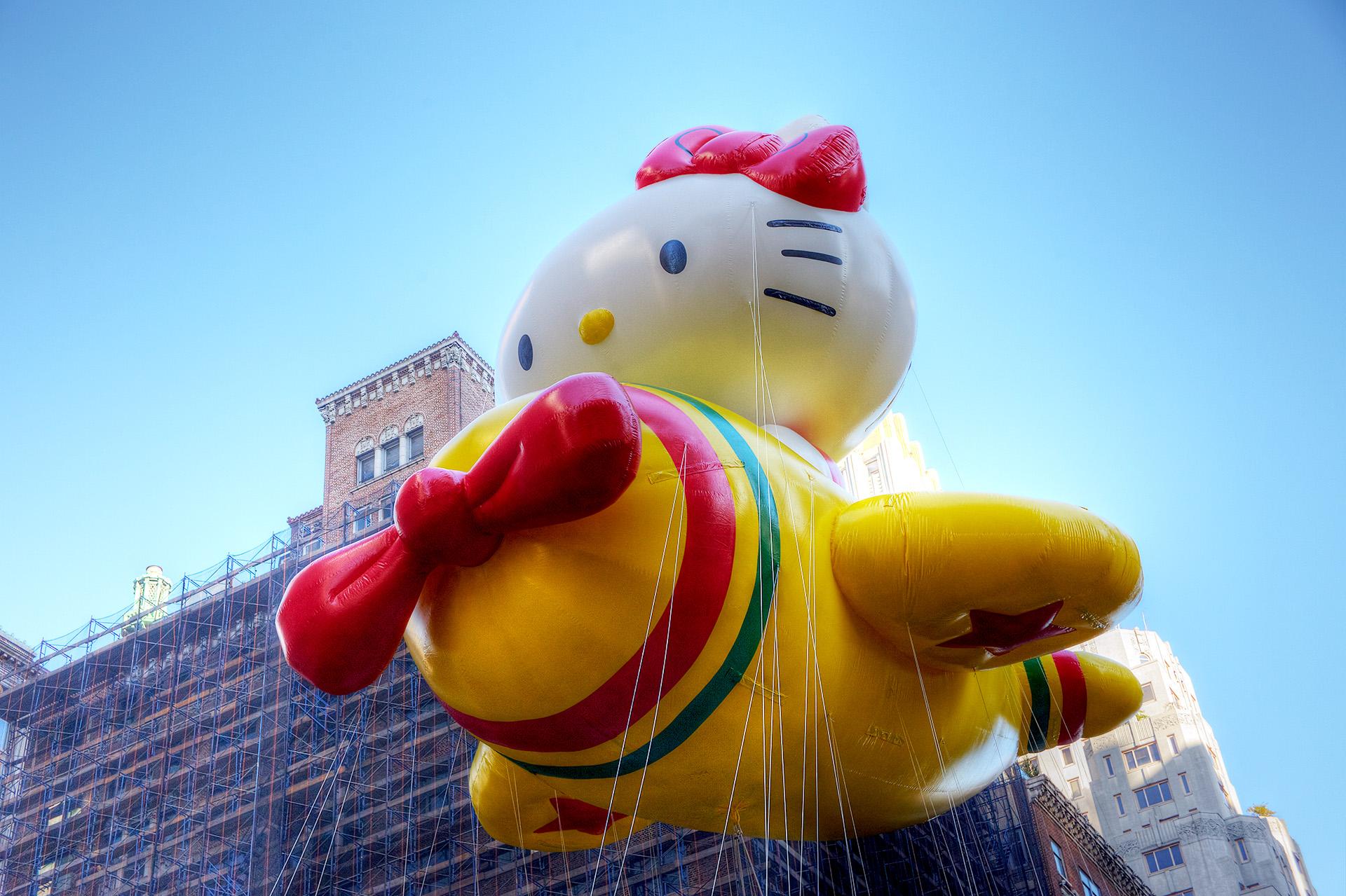 Hello Kitty balloon.