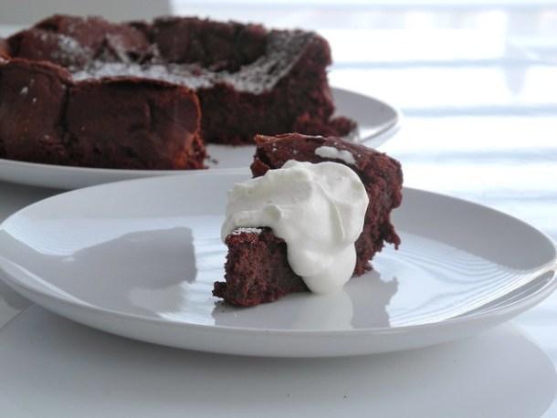 Flourless (Gluten-Free) Chocolate Cake