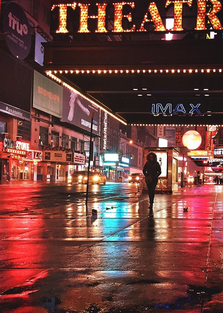 Sweet solitude_near Times Square, 4:40 am
