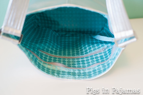 Swoon Bucket Bag inside detail
