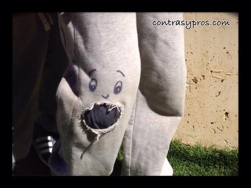 Rodilleras divertidas para niños. Falsas rodilleras