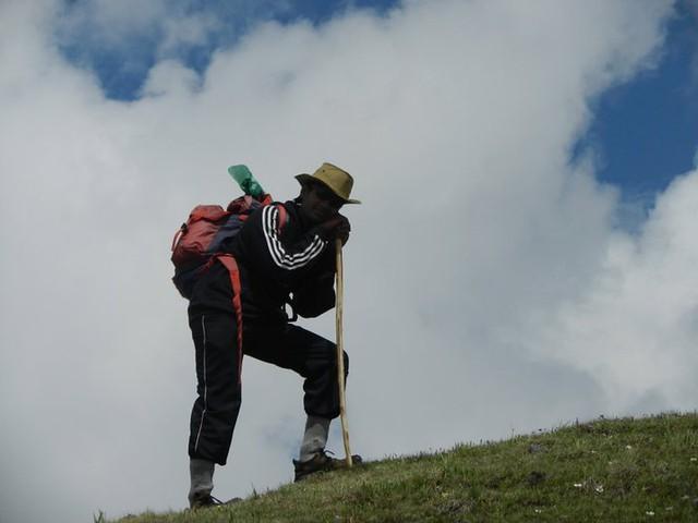 2011 Saurkundi Pass Hike