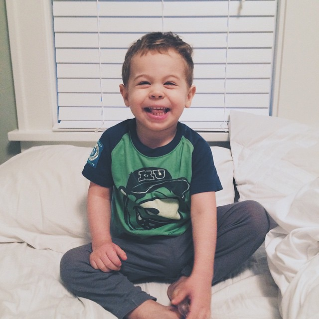 My Good Friday started off with this guy running into my room and jumping into bed. We decided to enjoy some morning laughs and giggles in bed before the little bro wakes up. Hoping your day is off to a good start too! 😄
