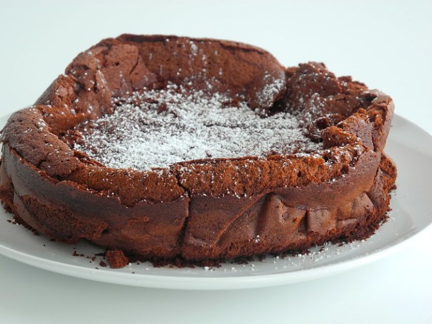 Flourless (Gluten-Free) Chocolate Cake