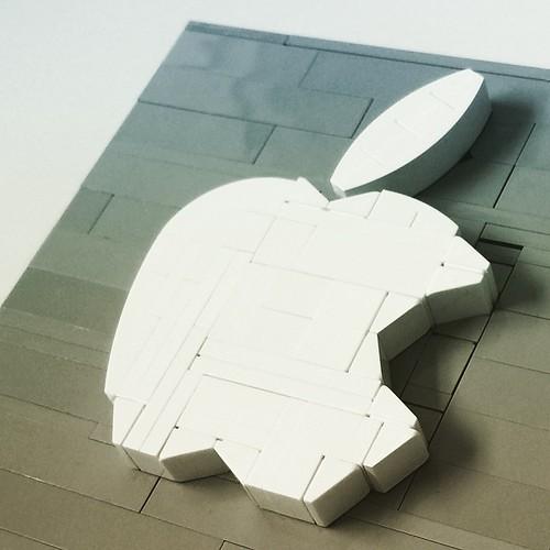 Apple logo #lego #legos #legomad #legobro #apple #applewatch #loveapple #applelego #photography #beautiful #moc #ididthis #love #instagood #me #photooftheday #gettingmyapplewatch #logo #legofriday #legoskills #instalego