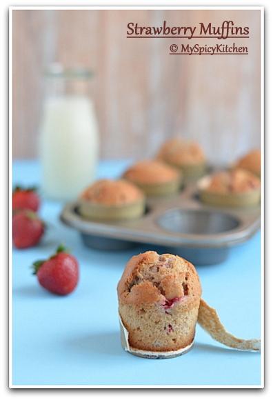 Blogging Marathon, Baking Marathon, FireUpYourOven, Muffins, Berry Muffin,