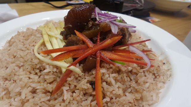 Binagoongan rice