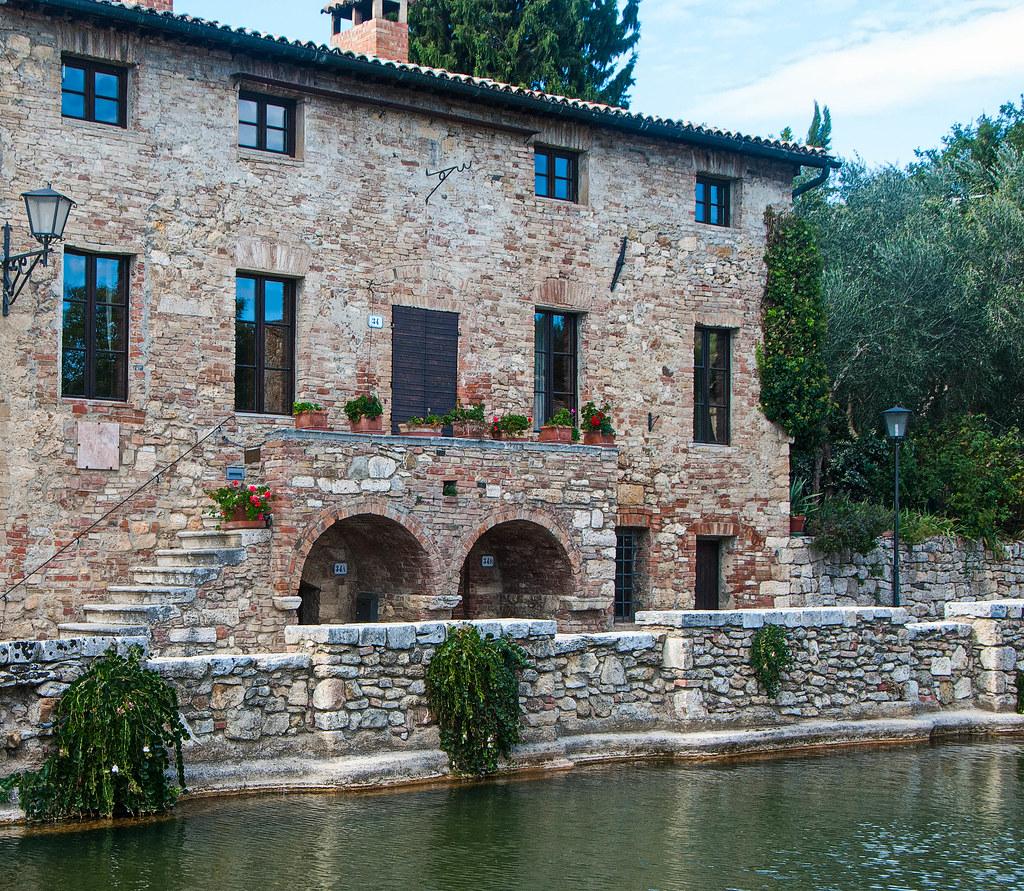 Valle de Orcia  Provincia de Siena Italia  Around