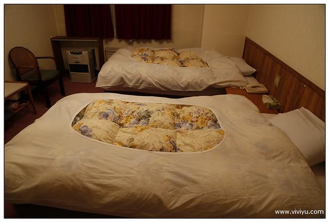 [日本.苗場]日本滑雪中毒者~山丘旅館住宿用餐篇.中文教學團 @VIVIYU小世界