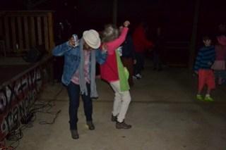 093 Dancing