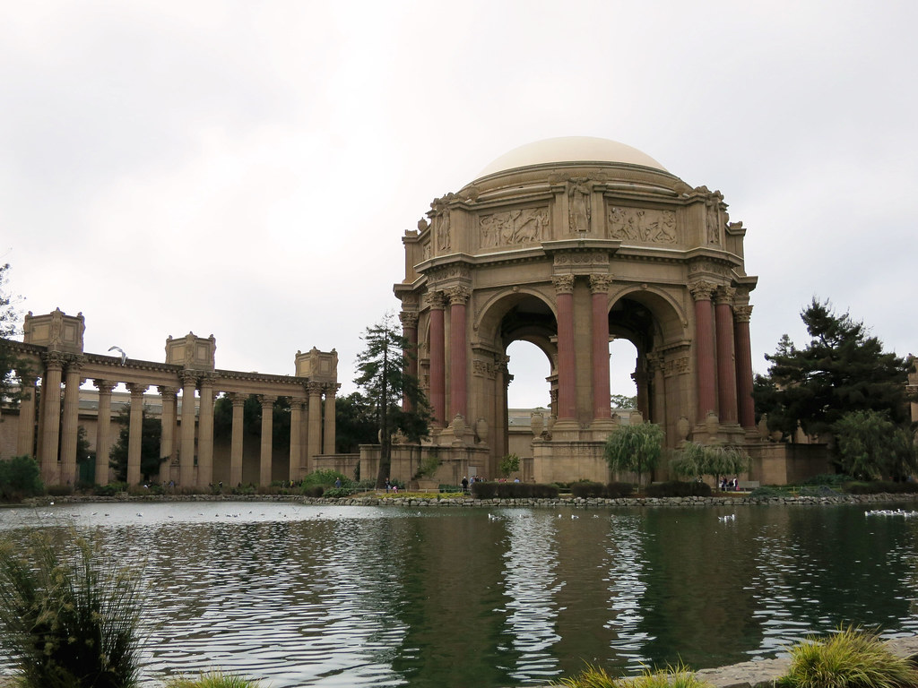 Palace of Fine Arts visitor guide