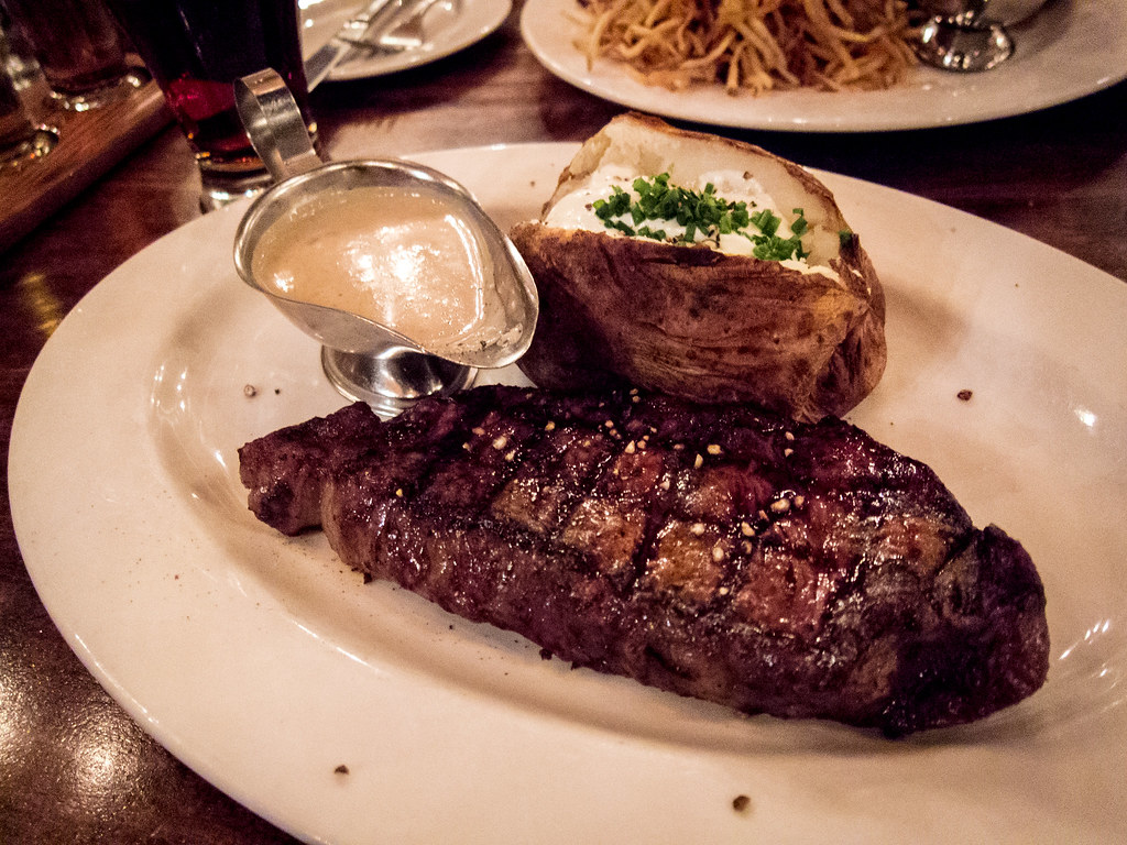 Smith Brothers Steakhouse Tavern
