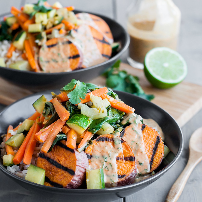 Sweet potato stir fry bowl with peanut sauce with tons of make ahead options! (vegan/gf)