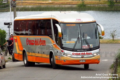 Cruz del Sur - Valdivia - Marcopolo Paradiso 1050 / Volvo (CKVZ15)