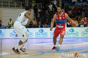 Chris Wright (Pesaro) vs Jamarr Sanders (Trento)