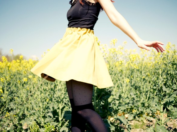 That spinning yellow skirt