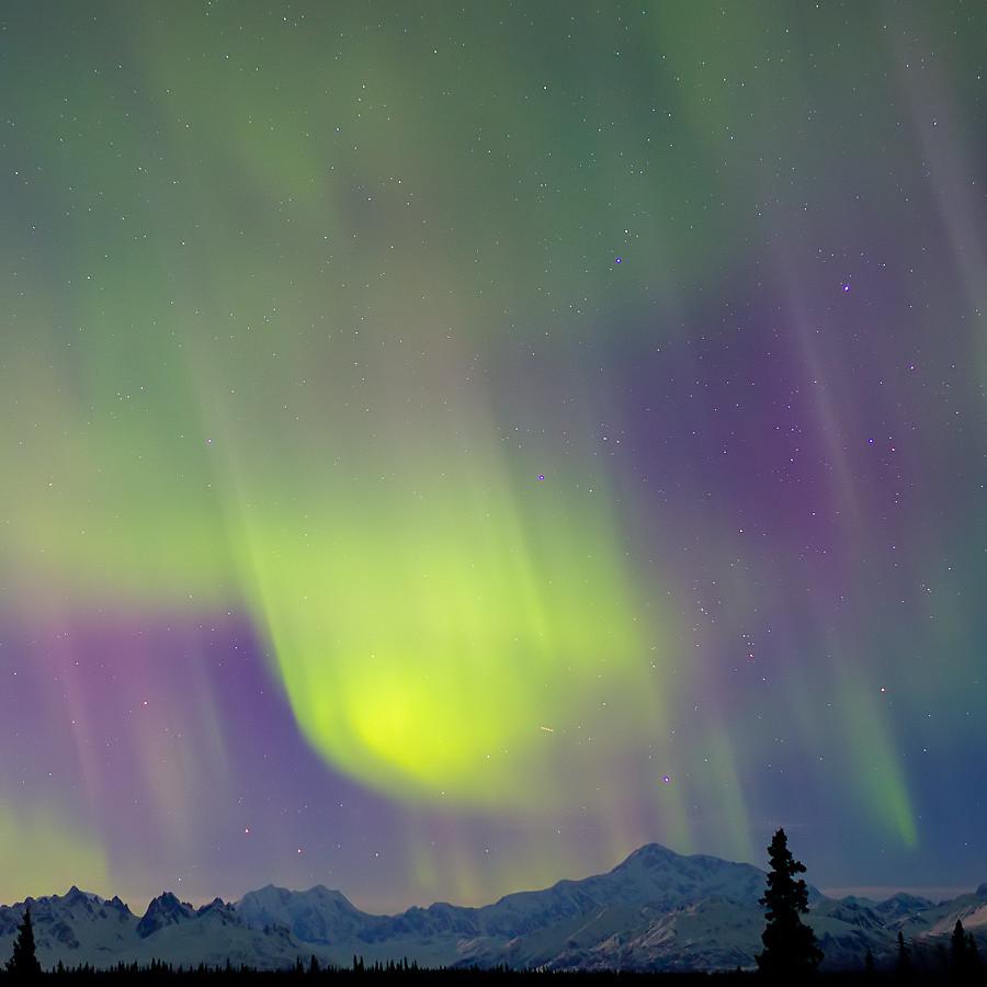 Impressive Northern Lights in Alaska