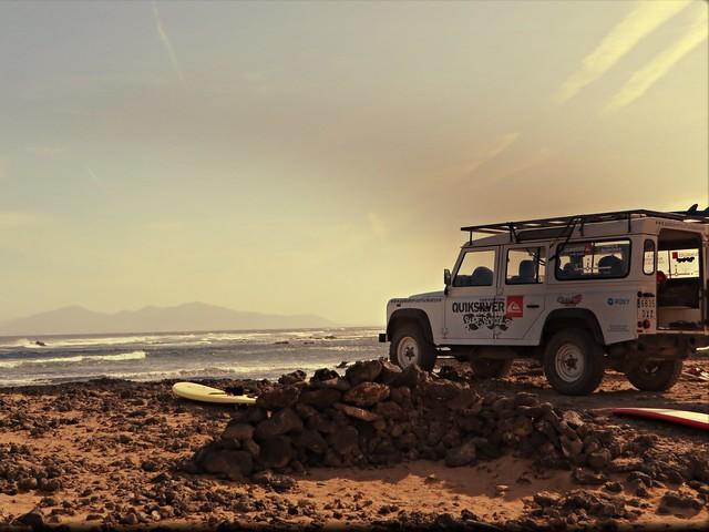 la caletta, surfing fuerteventura, quiksilver surf van, surf boards, surf camp in fuerteventura