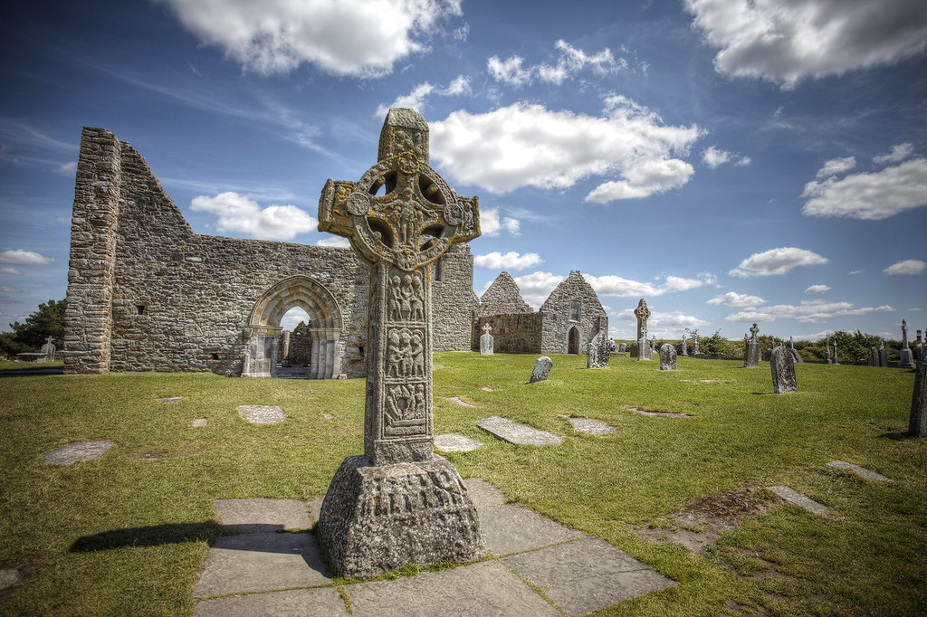 Clonmacnoise, Athlone Ireland - Ireland Travelasics Guide.
