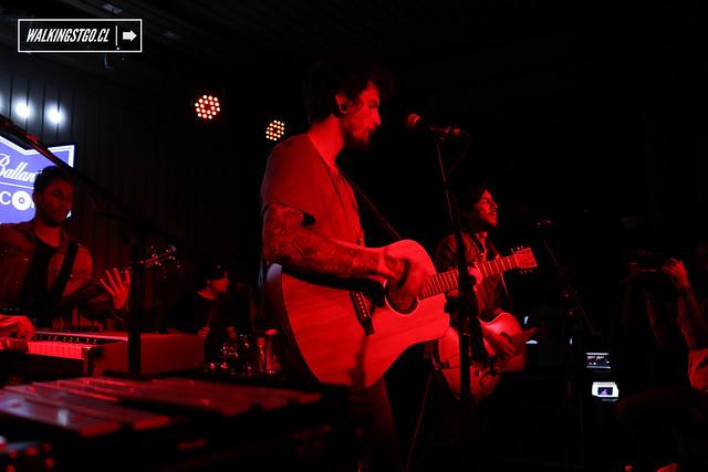 Niño Cohete en vivo en la casa Ballantine's Records de Santiago -07.05.2015-