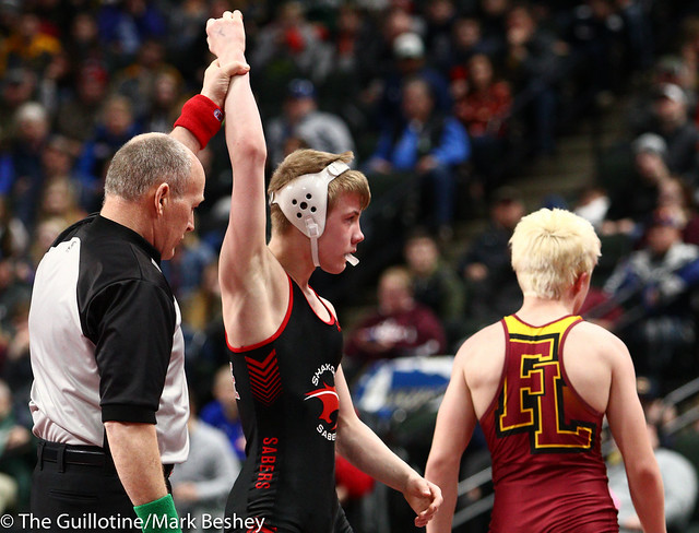 106 - Semifinal - Pierson Manville (Shakopee) 52-2 won by decision over Reid Nelson (Forest Lake) 45-3 (Dec 4-2) - 190302amk0015