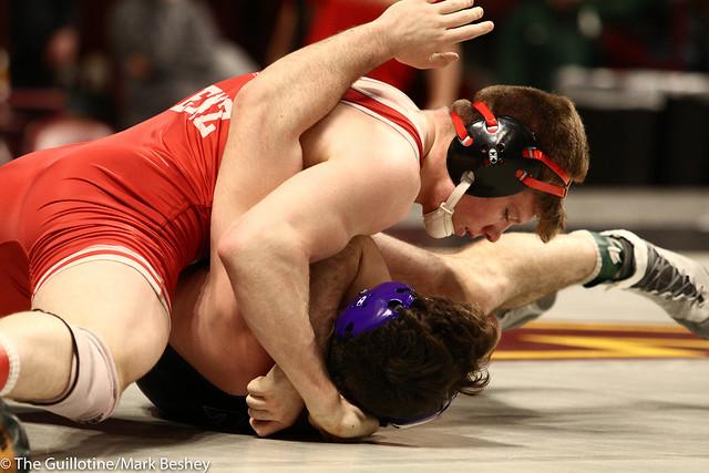 Champ. Round 1 - Tyler Venz (Nebraska) 20-5 won by fall over Brendan Devine (Northwestern) 0-21 (Fall 1:52) - 1903amk0188