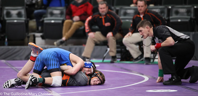 120AA 5th Place Match - Rocco Visci (Big Lake) 25-7 won by fall over Reier Sjomeling (Delano) 25-9 (Fall 5:31). 190302BMC3652