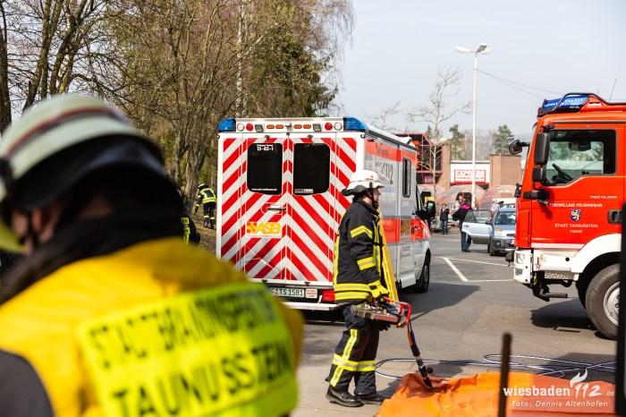 Pkw überschlägt sich in Taunusstein-Hahn 23.03.19