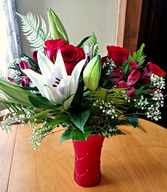Teleflora's Sweetest Satin Bouquet