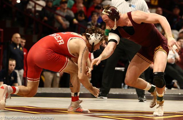 Semifinal - Tyler Berger (Nebraska) 24-2 won by decision over Steve Bleise (Minnesota) 18-5 (Dec 6-3) - 190309bmk0122