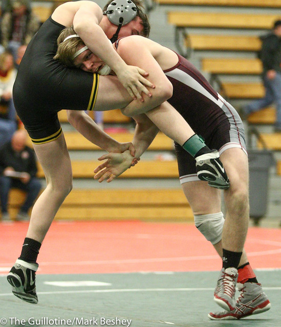 126 - Jack Barracca (Glenbard North) over Jacob Miller (Anoka) Dec 11-5 - 180104amkamk0075