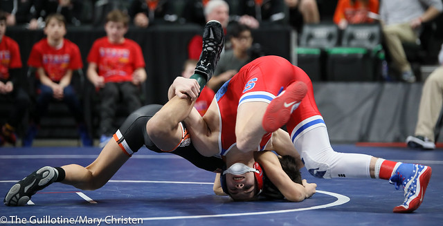 120 – Chase DeBlaere (Simley) over Tate Condezo (Marshall) Fall 3:06. 190228BMC2088