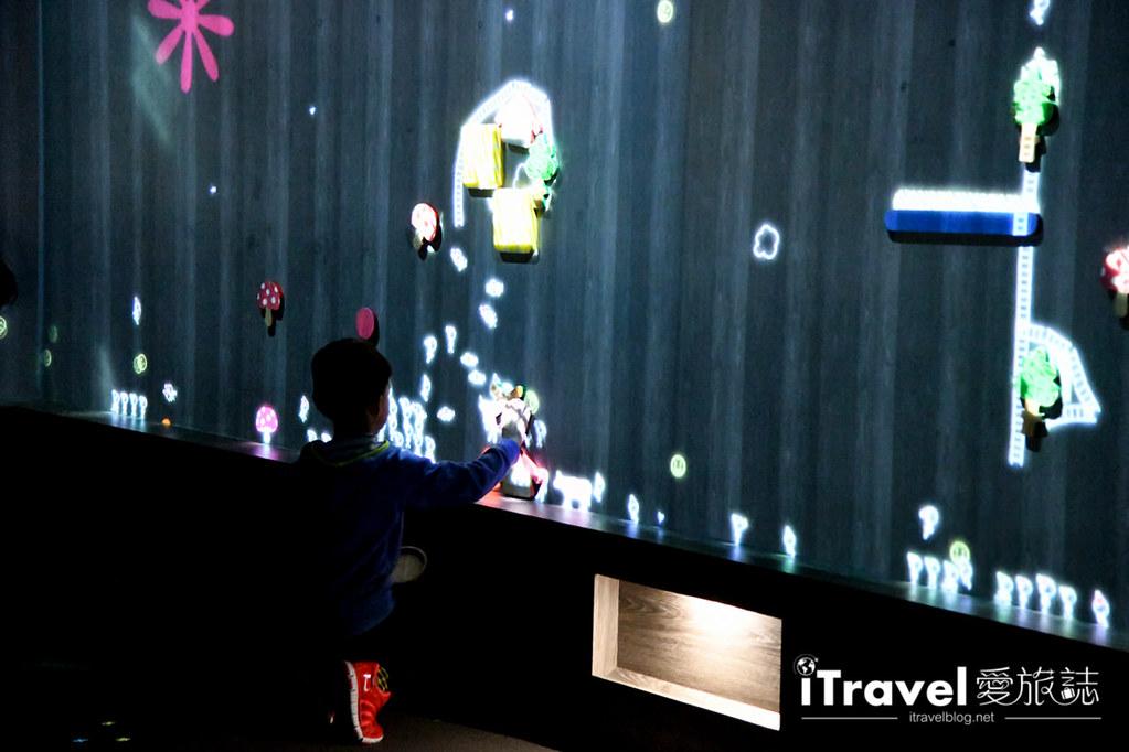東京藝術展覽 teamLab Borderless (78)