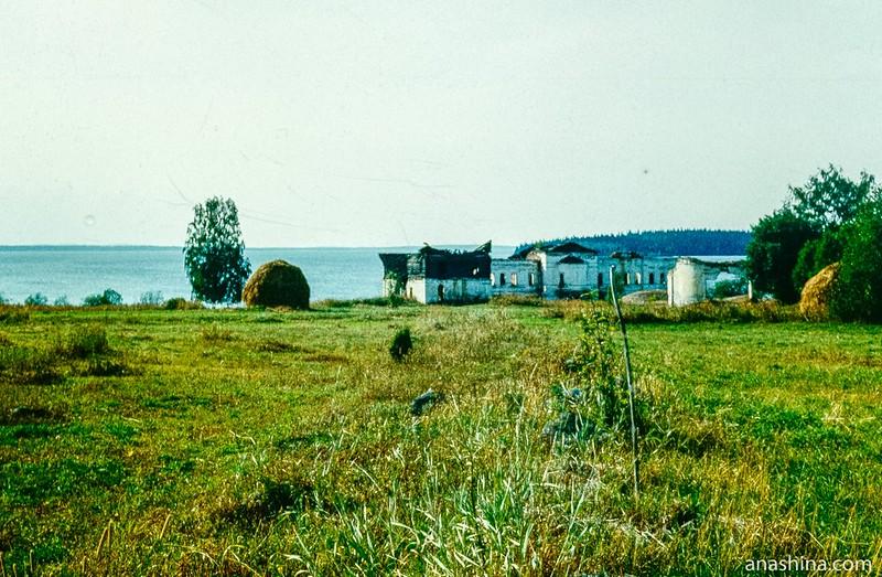 Палеостровский монастырь, фото 1988 года