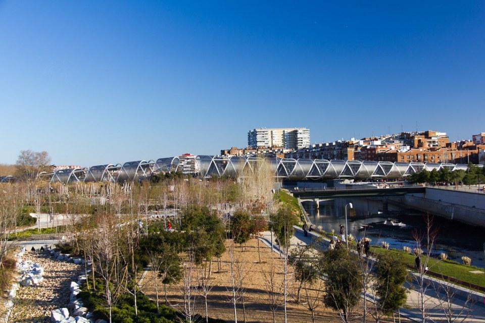 puente Monumental de Arganzuela obra de Dominique Perrault rio Manzanares parque Madrid Río Madrid 07