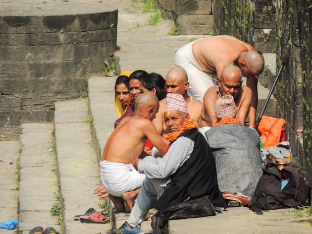 Familiares en Pashupatinath