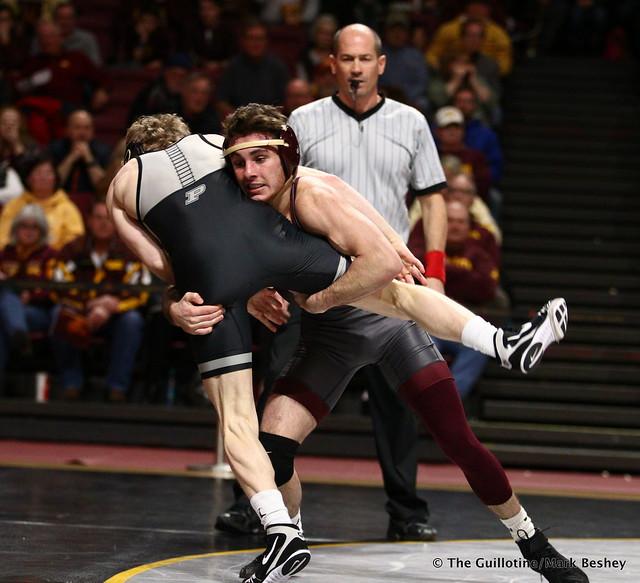 125 #6 Sean Russell (Minnesota) maj. dec. #19 Devin Schroder (Purdue) 9-0. 190203AMK0131