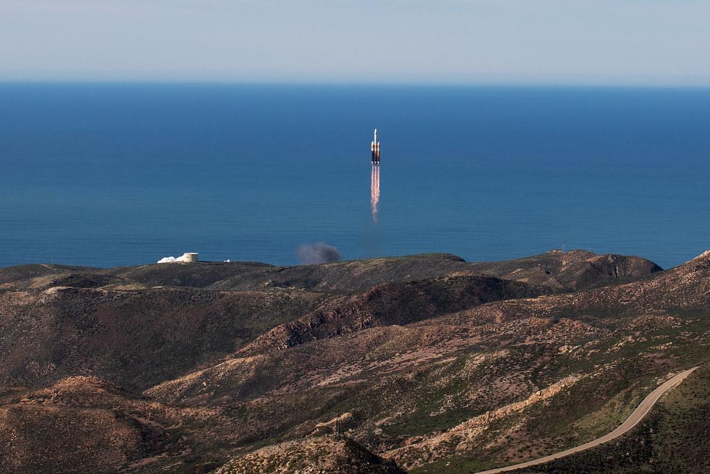 Liftoff! Delta IV NROL-71