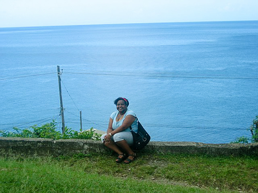 Dominica LR 12