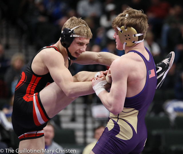160AA Semifinal - Cade Mueller (Waconia) 50-2 won by decision over Reese Kapsner (Pierz) 38-6 (Dec 7-3). 190302AMC3310