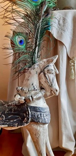 Decoratie paard pauwenveer